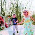 kids-running-child-girl-boy-hand-in-hand-smiling